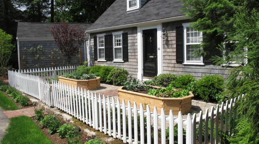 How To Turn Your Front Yard Into An Edible Garden Edible Communities