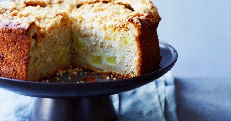 Spiced Apple Sourdough Crumble Cake
