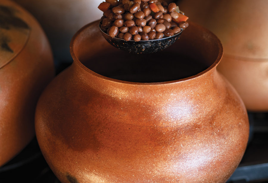 Felipe Ortega micaceous pot. Photo by Douglas Merriam.