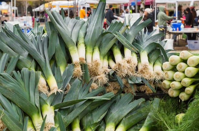 leeks at farmers market