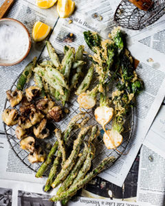 vegetable fritto Misto with mushrooms, asparagus and turnips