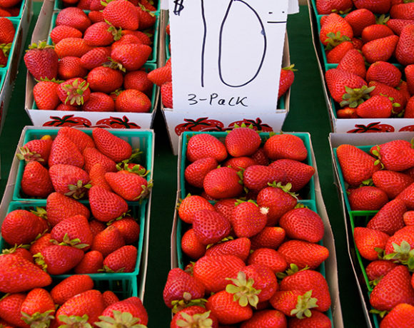organic strawberries at farmers market