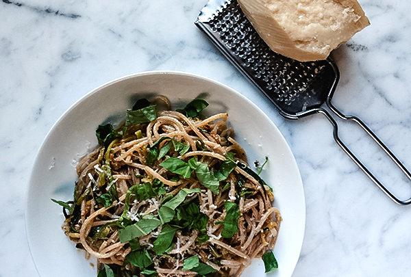 zucchini pasta with basil